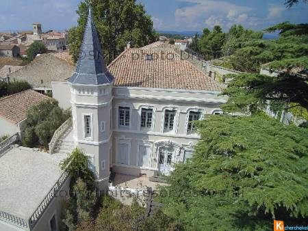 CHATEAU PROCHE NARBONNE...