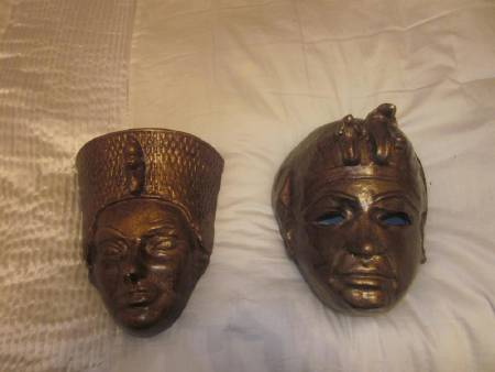 Masques égyptiens.