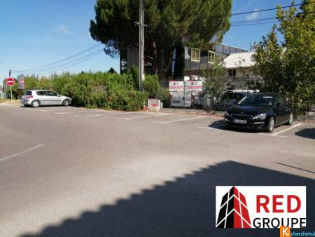 LOCAL PROFESSIONNEL RDC - Rousset